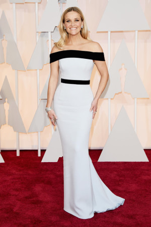 oscarsreese-witherspoon-oscars-red-carpet-2015
